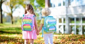 jumeaux, triples ou enfants rapproches et la rentrée scolaire